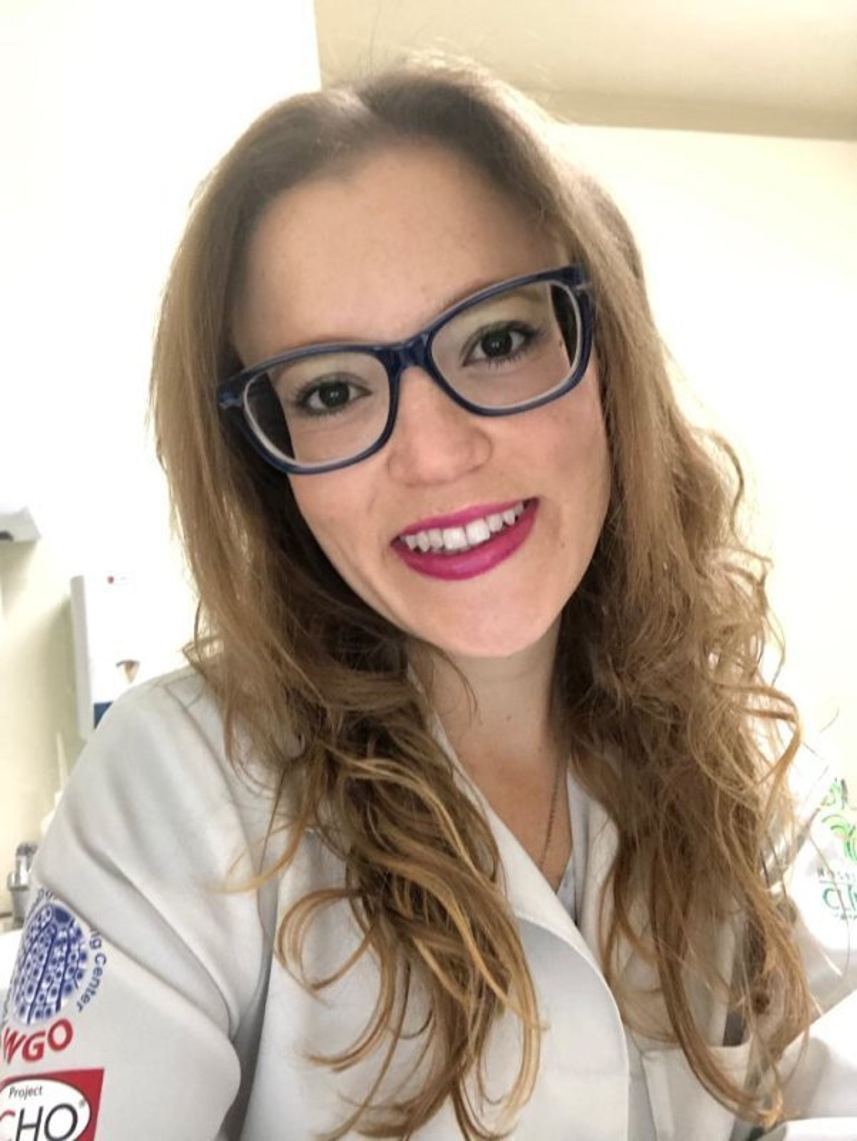 Dra Samantha Thifani A. Barcelos