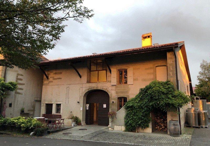 Le Domaine des Charmes situé à Peissy dans le vignoble genevois.