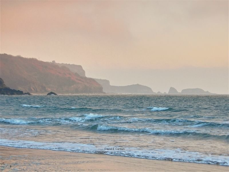 Monkstone head from Tenby at dawn