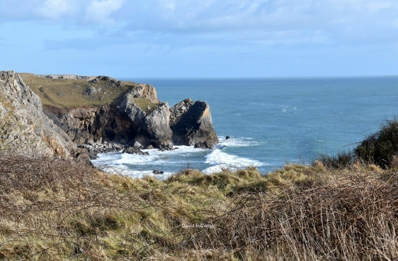 A view of the Pembrokeshire coast near Castlemartin.
