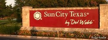 SUN CITY RESORT LIVING    Community of Amenities