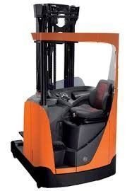D1 Reach Truck up to 8 metres