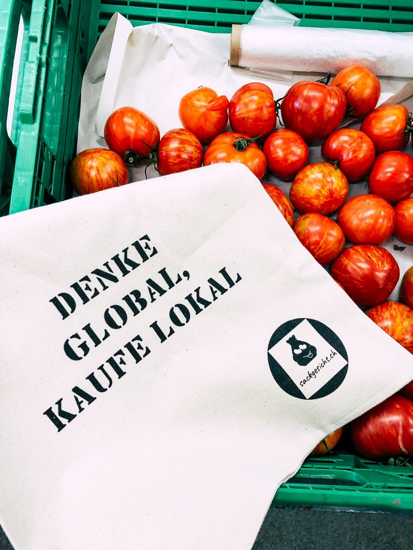 Gemüsesack mit Tomaten