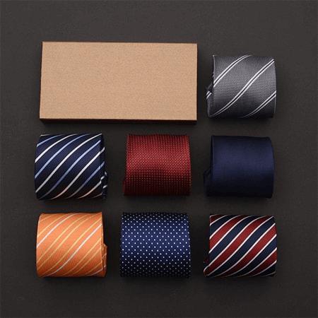 Cravat tặng Sếp