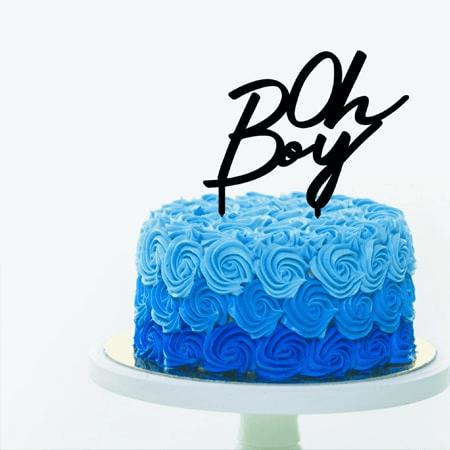 Bánh sinh nhật hoa hồng với sắc xanh mạnh mẽ
