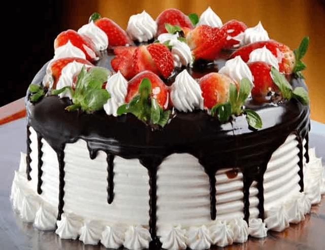 Bánh kem mừng sinh nhật