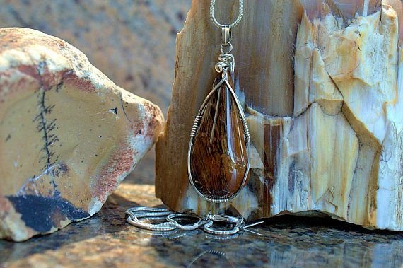 Mahogany Obsidian black brown pattern gemstone pendant
