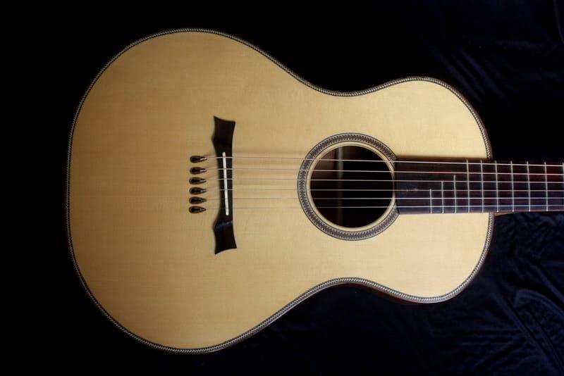 13 Fret Blues Guitar