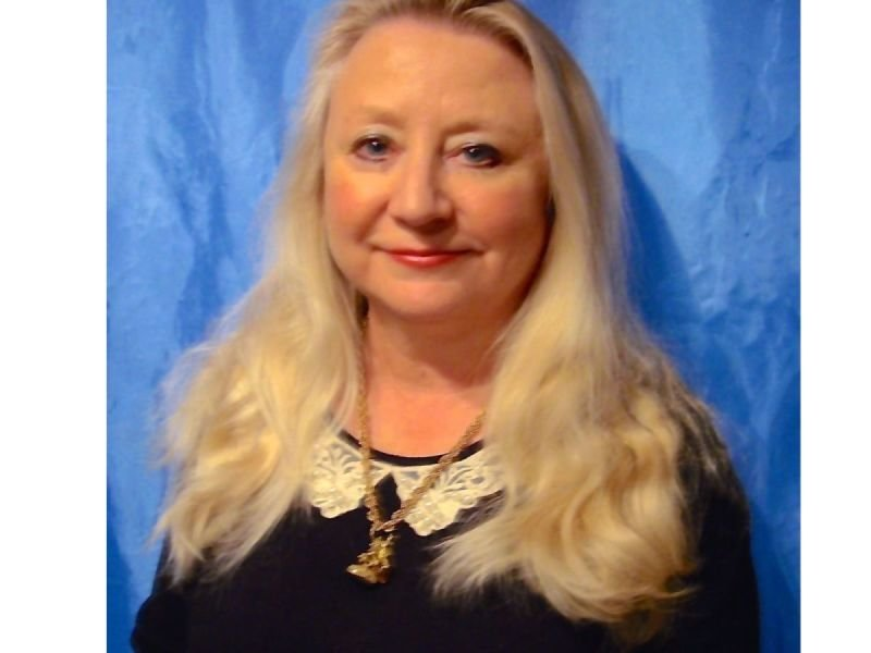 Paula Gray