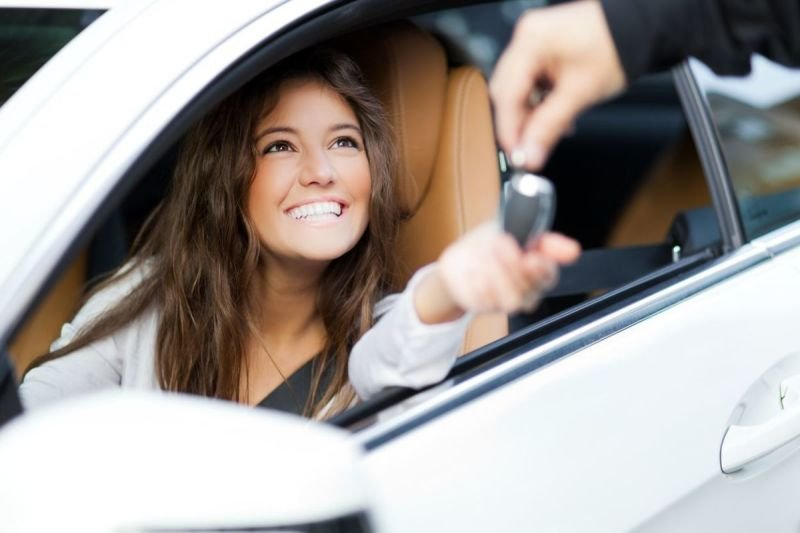 Benefits of Using the Services of a Reputable Locksmith to Program Your Car Transponder Keys