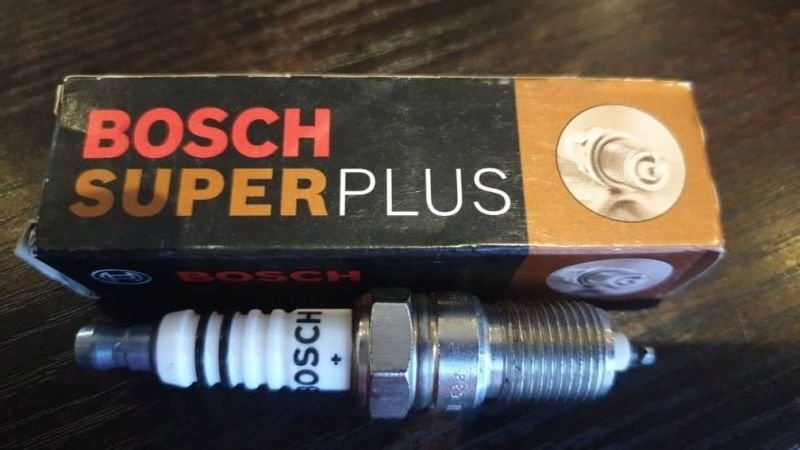 Bosch Super Plus Spark Plug 7982