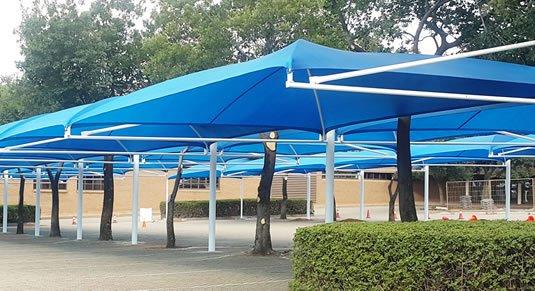 مظلات حداىْق