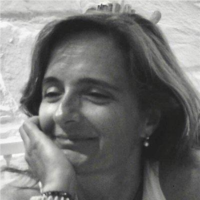 Profª Helena Freitas