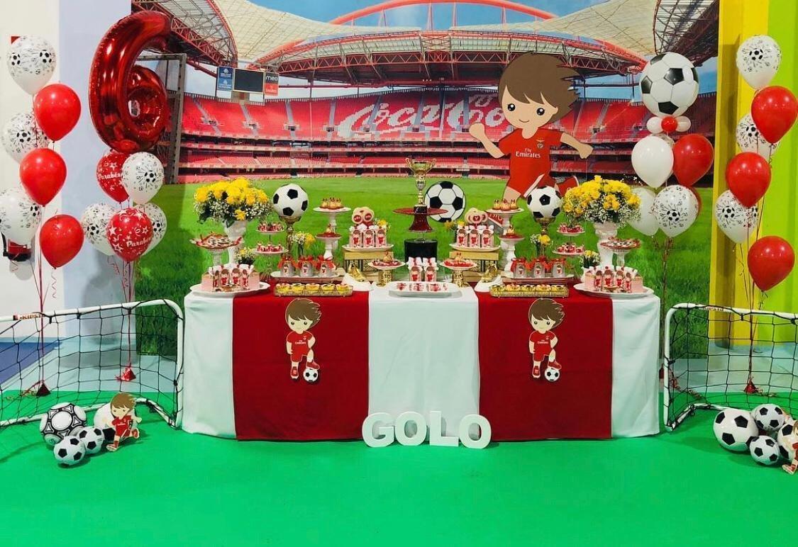 Decoração de festa infantil tema Futebol Sport Lisboa e Benfica