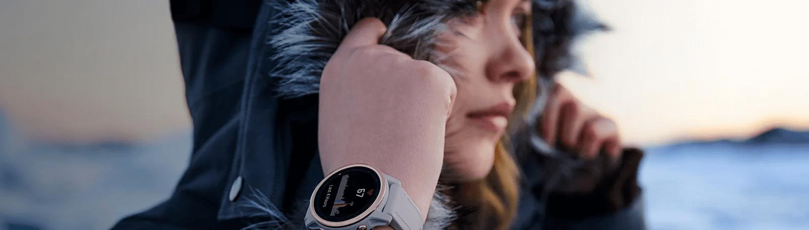 Atteignez de nouveaux sommets. Votre montre vous accompagne.