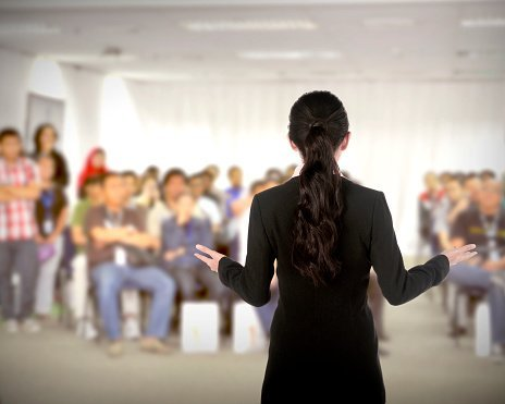 Benefits of Presentation and Communication Skills Training for Employees