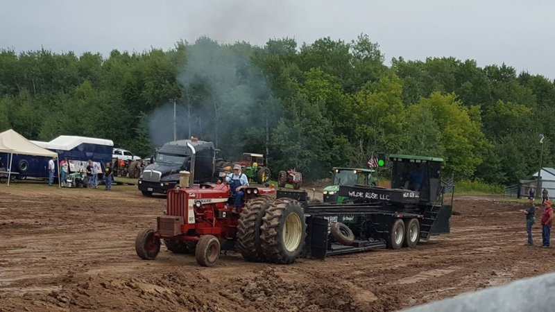 TRACTOR & TRUCK PULL-2020
