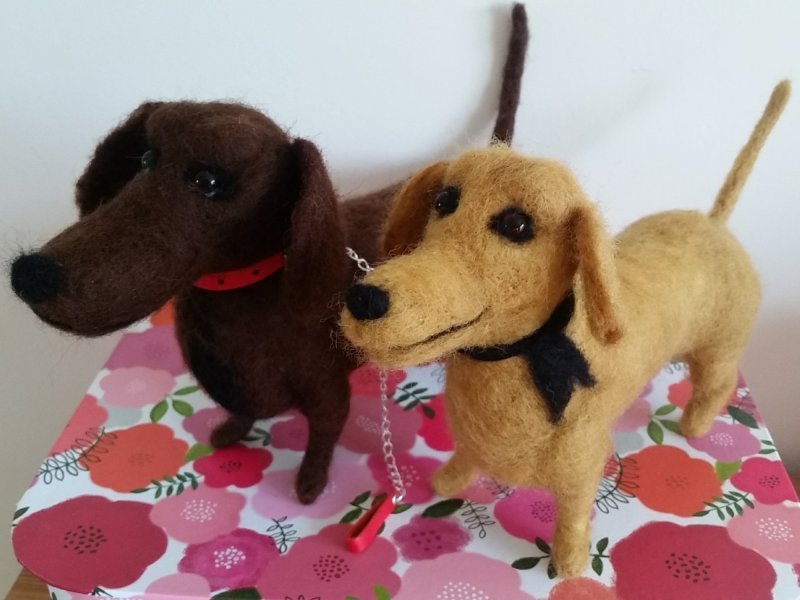 Needlefelted Sausage Dogs - by Jo