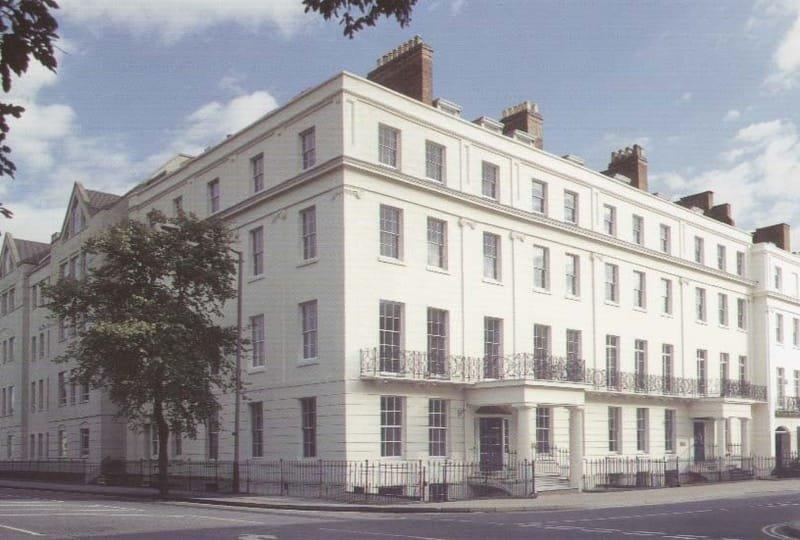 Clarendon Court