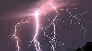 Question n°17 : Pourquoi, lors d'un orage, voit-on les éclairs avant d'entendre le tonnerre ?