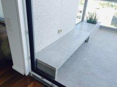 רצפת מיקרוטופינג וספסל מבטון