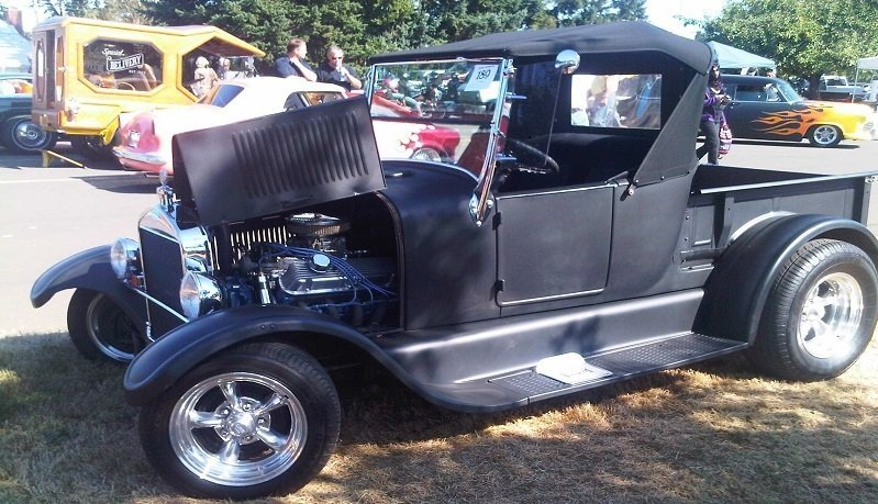 Macleay Car Show