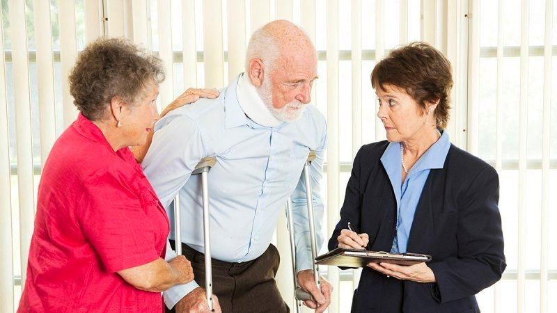 Tips to Help You Get A Good Eldercaree Attorney