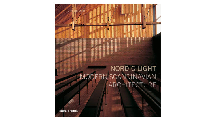 Nordic Light: Modern Scandinavian Architecture / Henry Plummer.  Imagem via Amazon