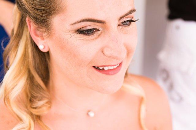 Maquillage mariage glamour rose poudré romantique