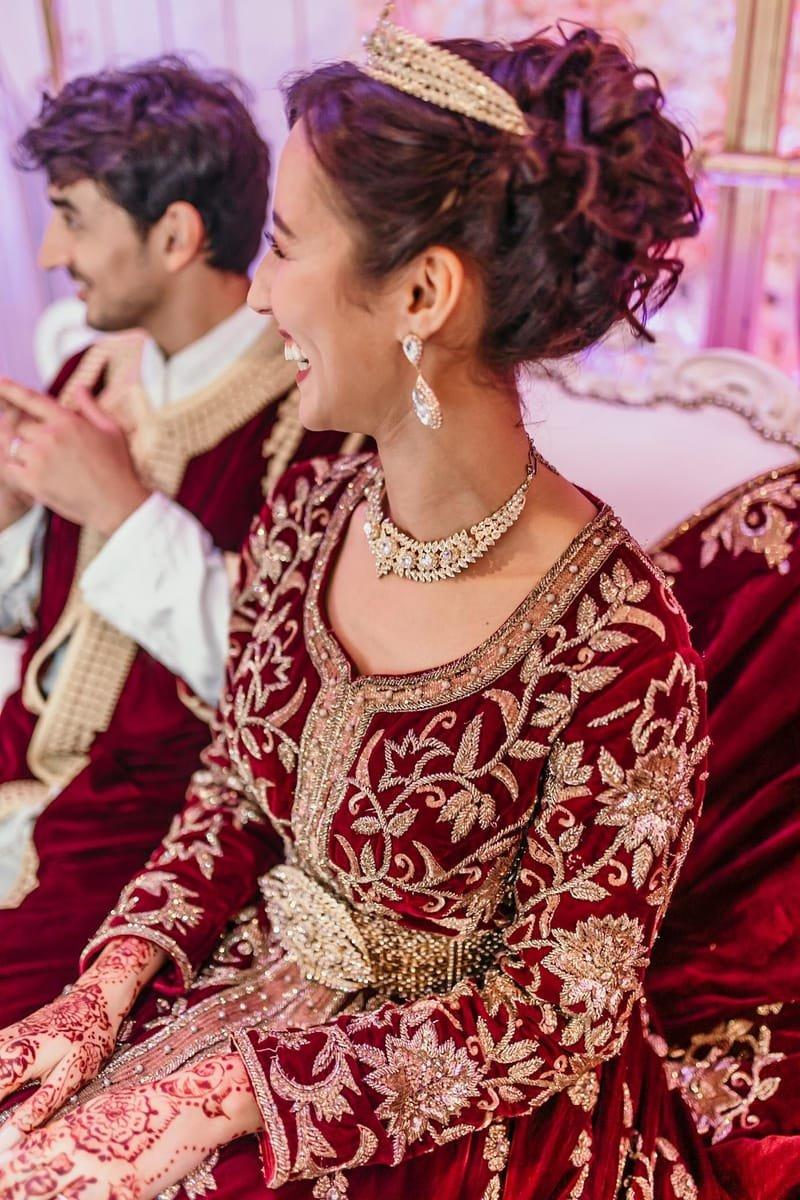 Chignon haut mariage oriental