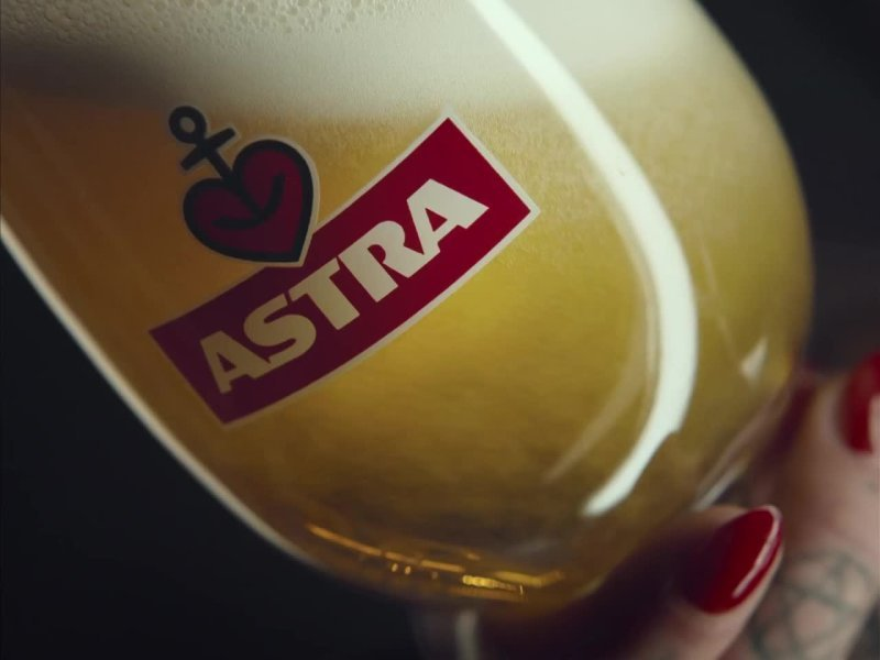 Astra Bier Doggy Style