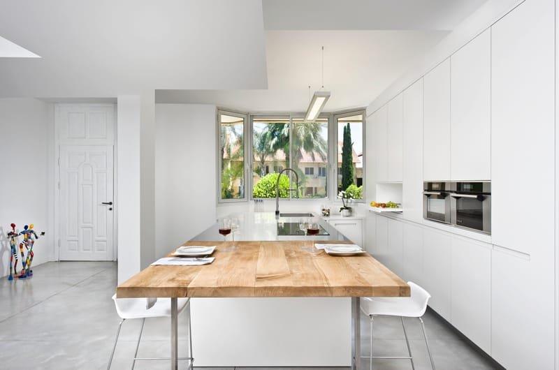 ART WORK HOME-  בית בהרצליה - לוקשיין