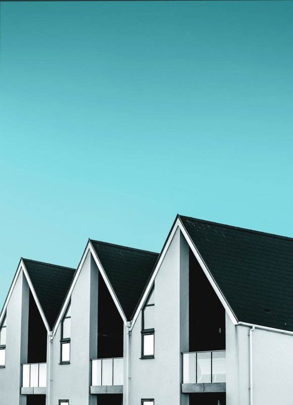 Benefits of Buying a House through Rent to Own Agreement