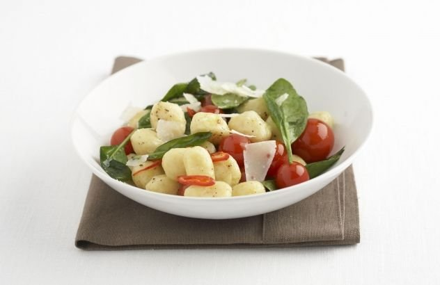 Aardappel recept: Aardappelgnocchi met jonge spinazie