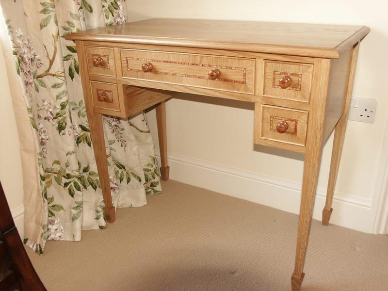 Oak furniture with tulip cross banding