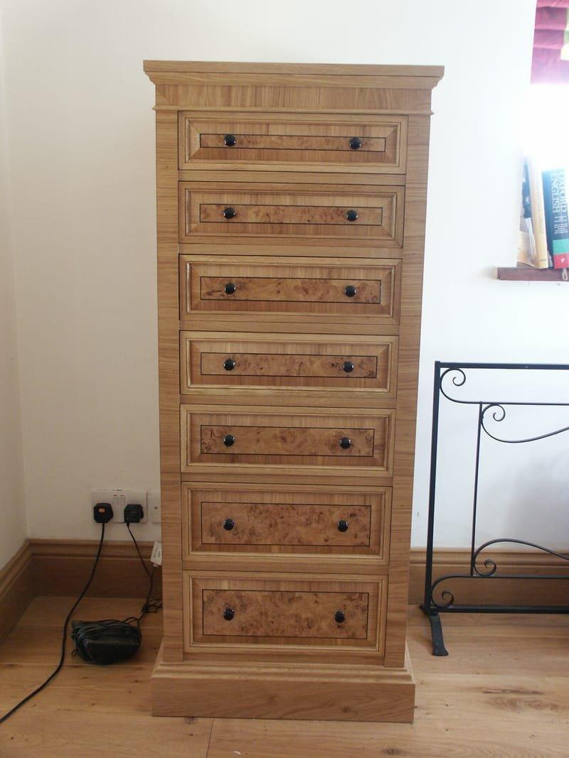 Oak wellington chest