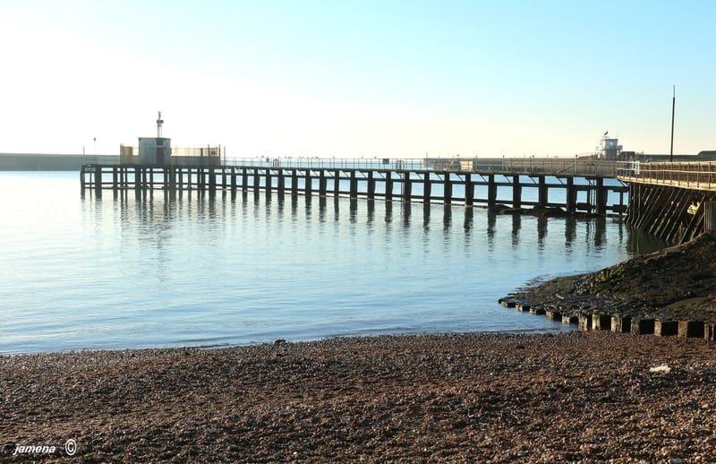 Thruppenny Bit Kingston beach