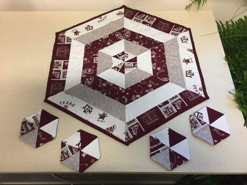 Aggie Table Top Quilt w/ Coasters