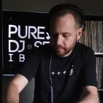 Jona Jefferies Pure Ibiza Radio Picture