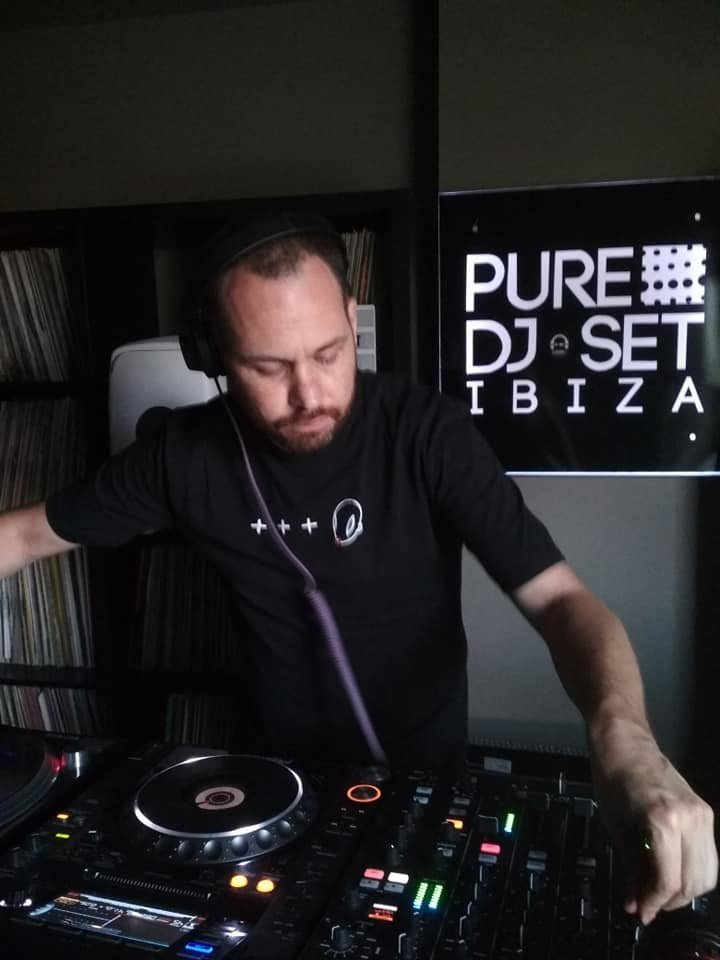 Jona Jefferies at Pure Ibiza Radio