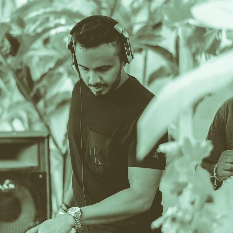 DJ ASH Profile Picture