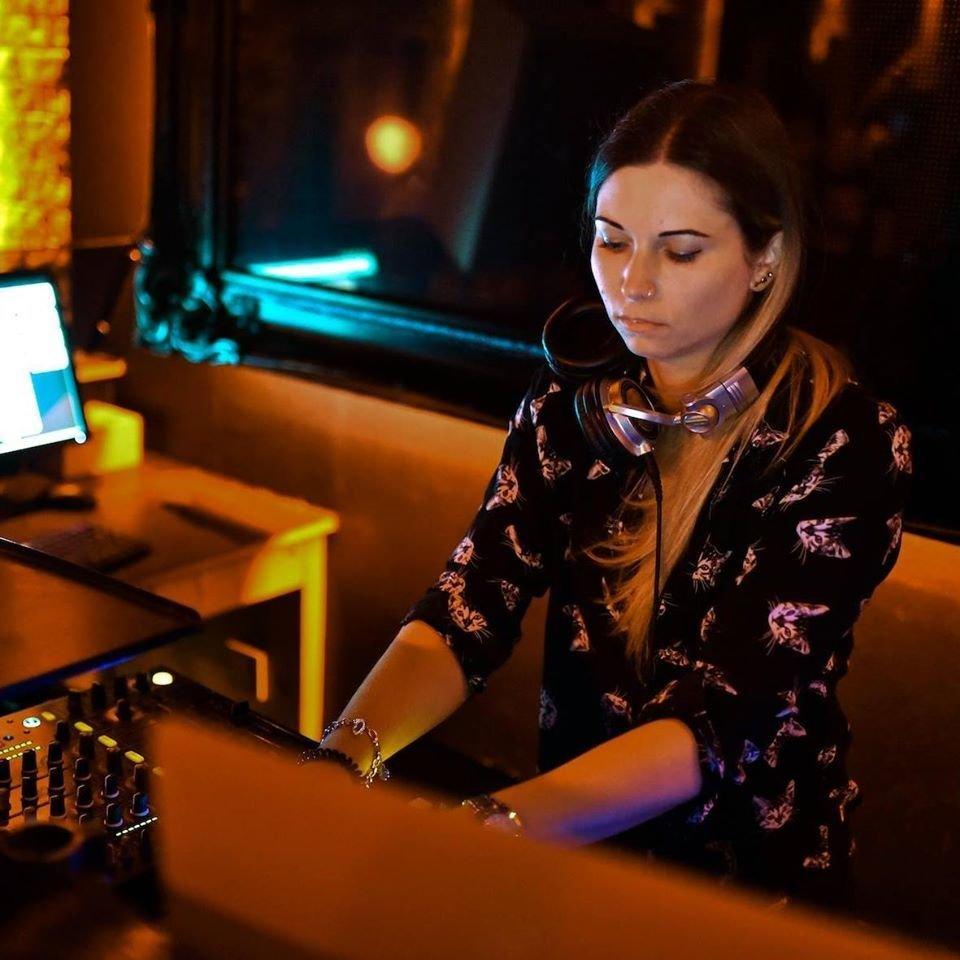 Zoyzi Profile Picture