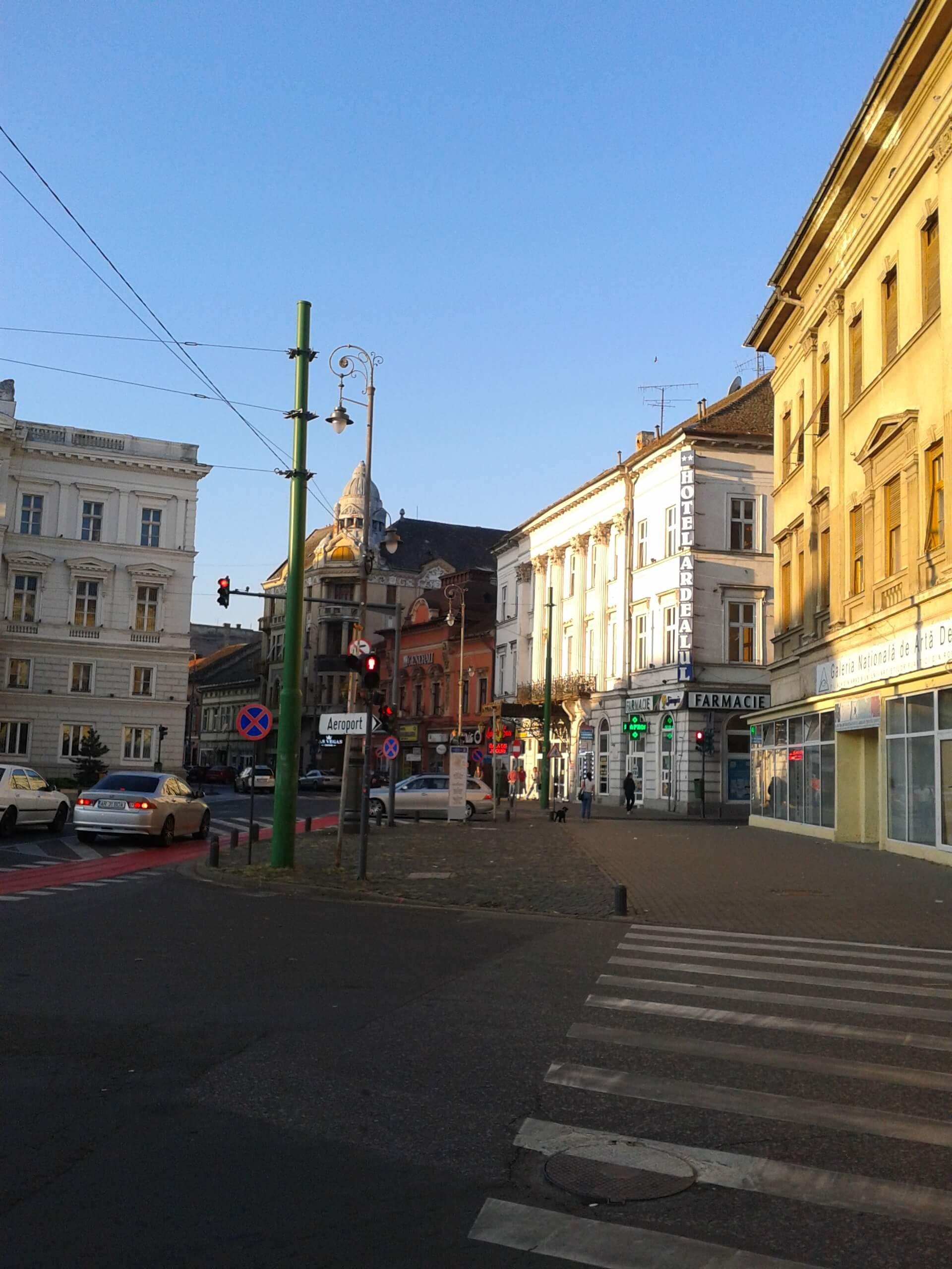 Palatul Bohus langa Teatrul National Arad si Hotel Crucea Alba