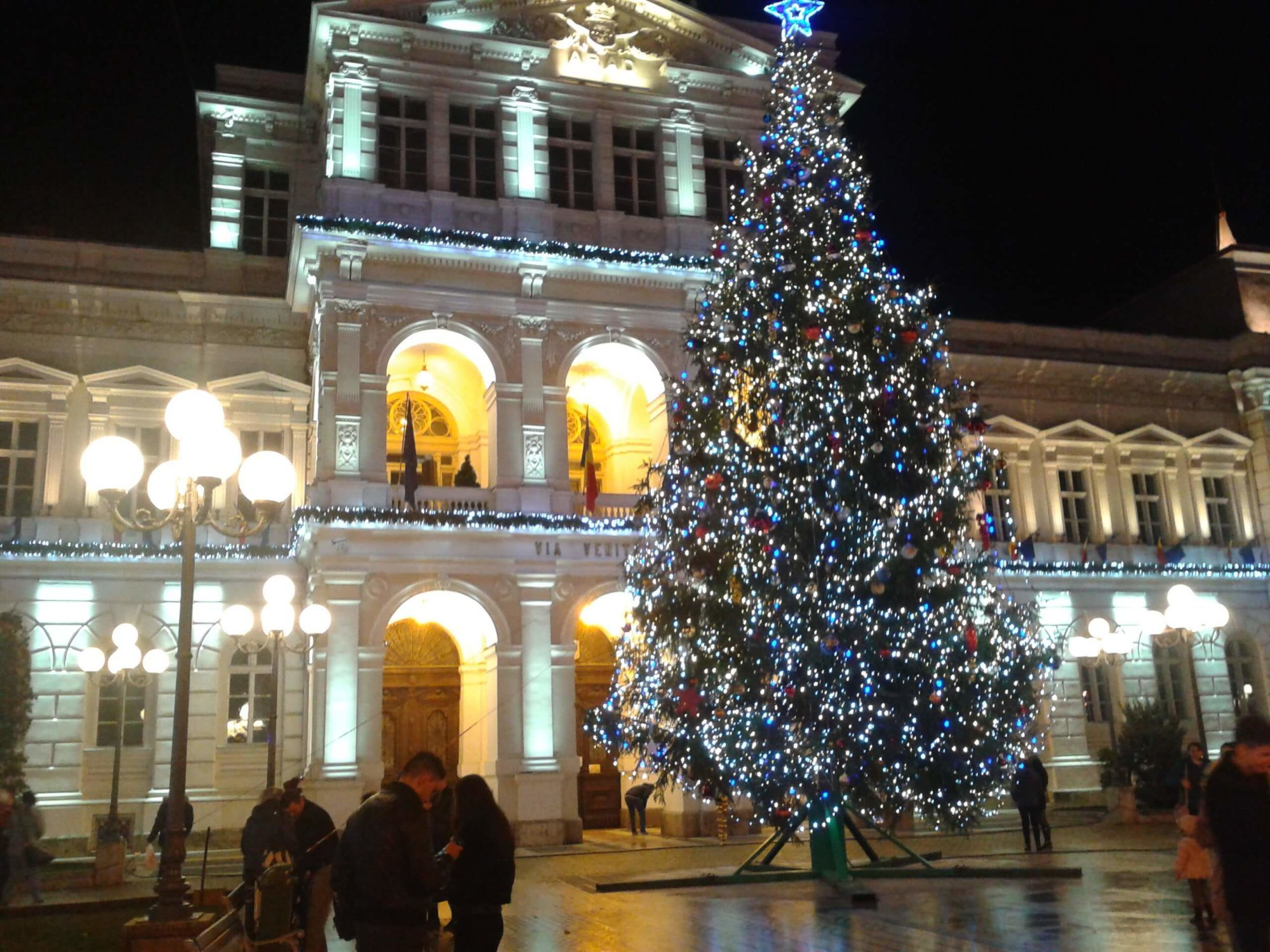 arad city hall during Christmas time
