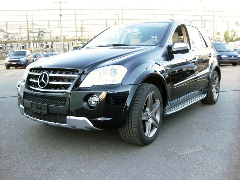 Mercedes-Benz ML 63 AMG - 2009